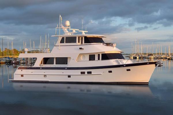 Outer Reef Yachts 720/740 Deluxbridge MY