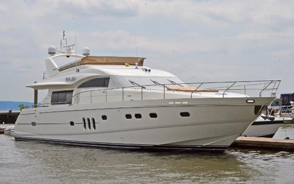 Viking 75 Motor Yacht Starboard