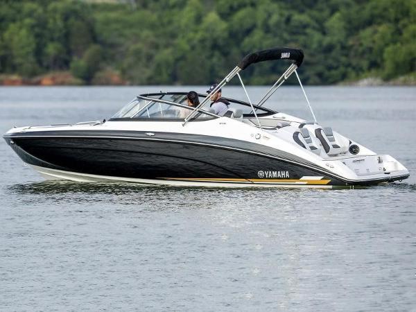 Yamaha Boats 212