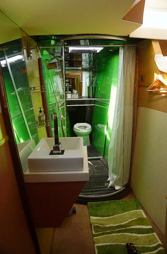 Fwd cabin toilet and shower
