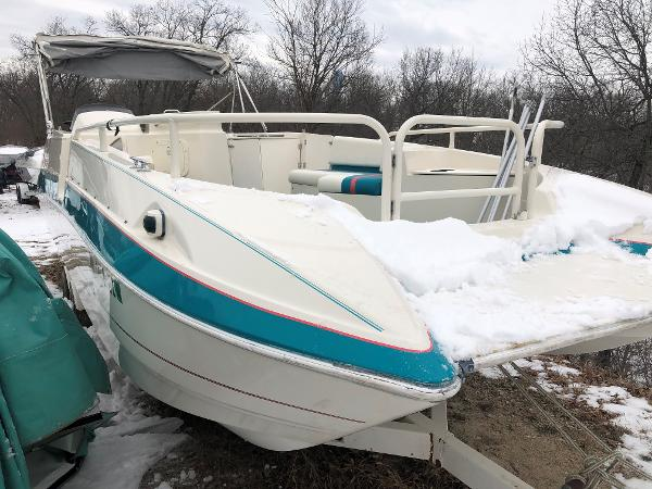 Bayliner 2609 RENDEVOUZ