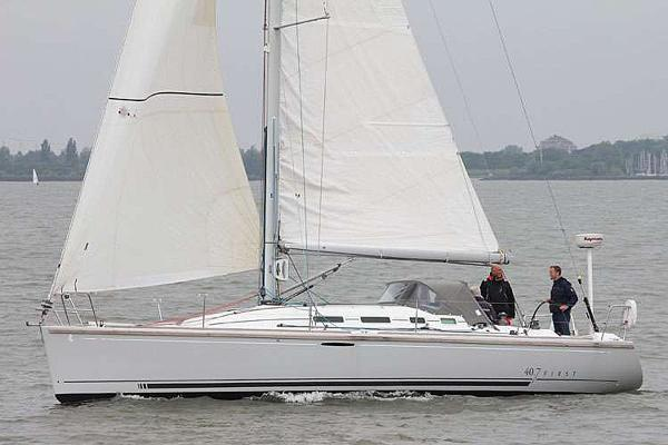 Beneteau First 40.7 Distinction