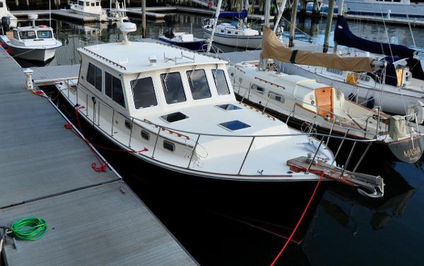 Atlantic BHM Duffy 36 BHM Atlantic Duffy 36 - Jewel - On Dock