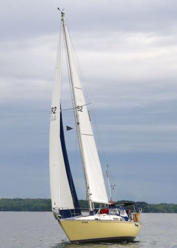C&C 29 MkI Sloop Under Sail