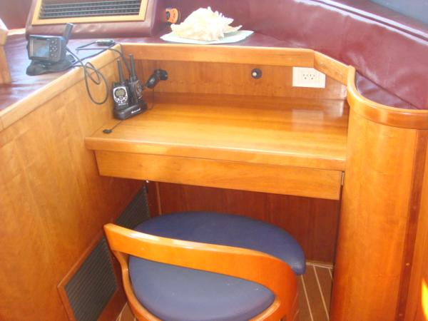 54' Crosswater flybridge nav desk