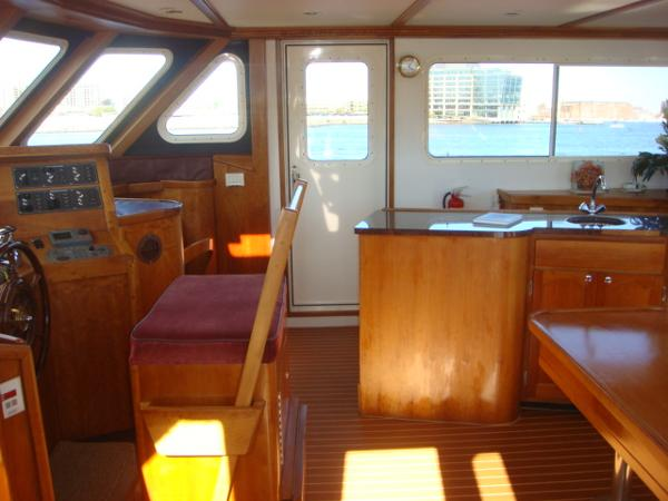 54' Crosswater flybridge starboard