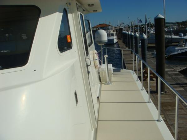 54' Crosswater upper deck port photo1