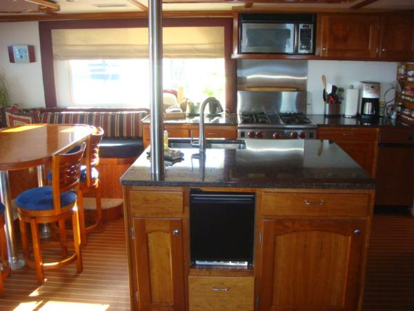 54' Crosswater salon port