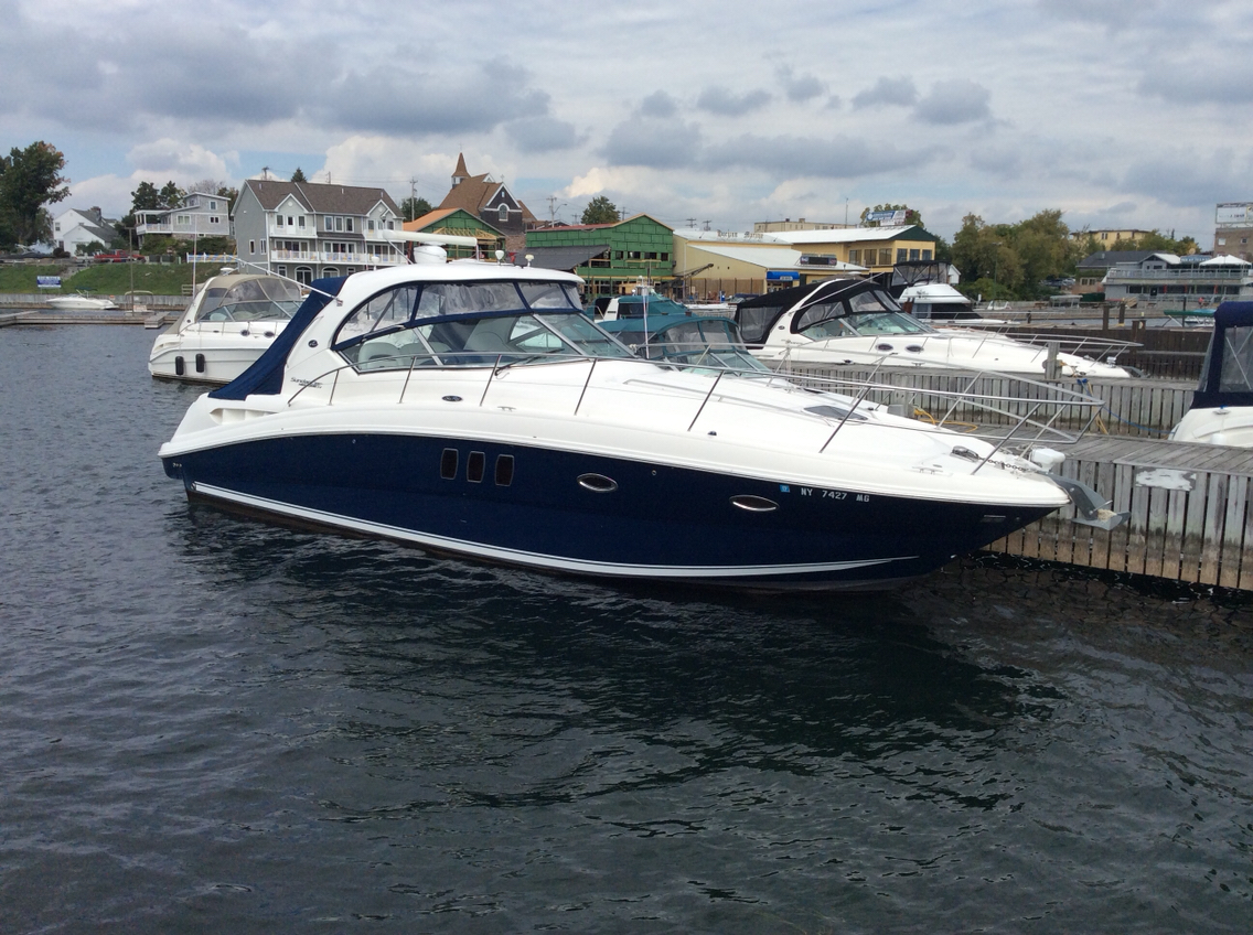Sea Ray 390 Sundancer Boat