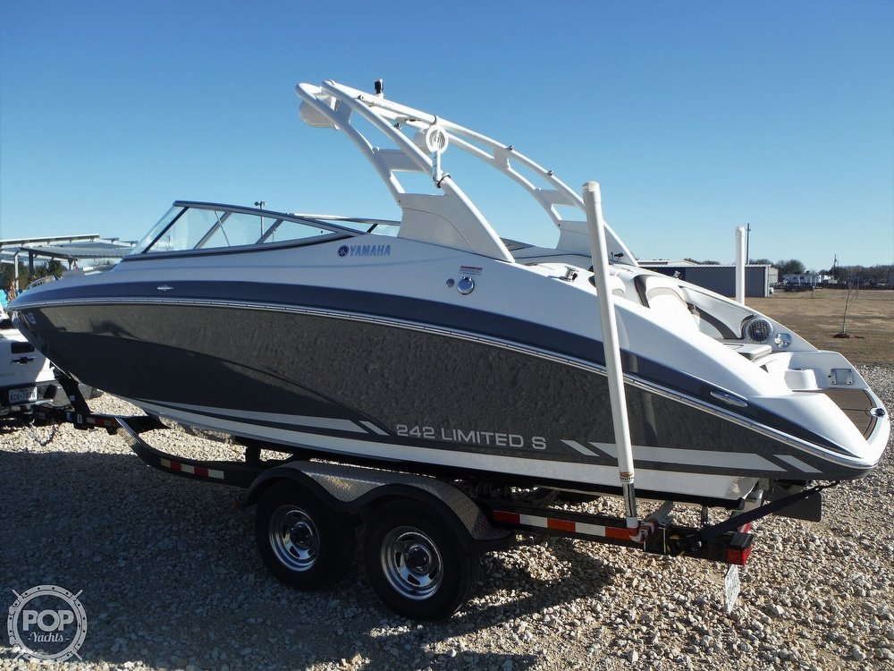 Yamaha Boats 242 Limited S 2015 Yamaha 242 Limited S for sale in Corsicana, TX