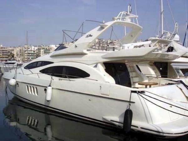 AZIMUT 68 PLUS Fly bridge