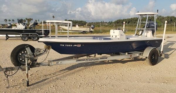 Maverick Boat Co. 17 HPX-T