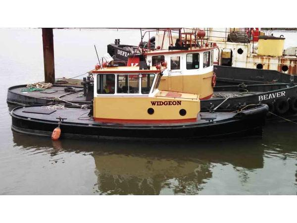 Tugboat Truckable Tug