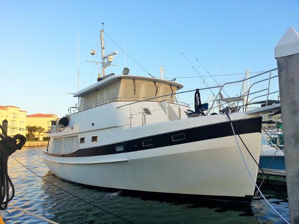 Kadey Krogen 48 Whaleback Exterior 1