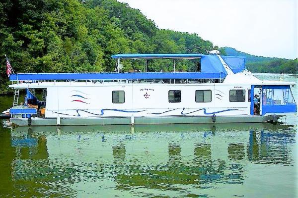 Sumerset Houseboats 72' x 16' Widebody