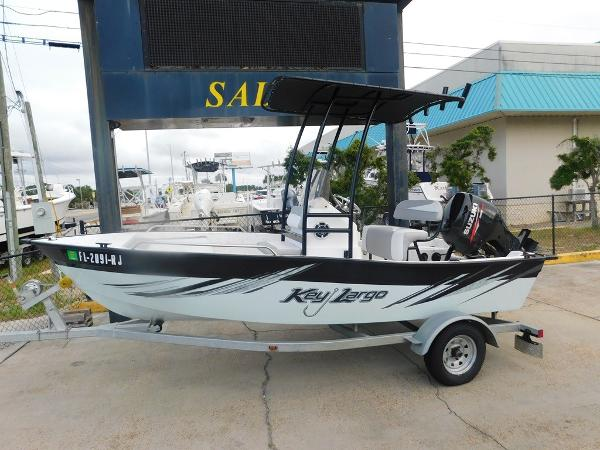 Key Largo 160 Center Console