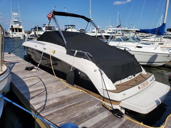 Four Winns V255 Port Stern