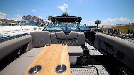 2019 Cruisers Yachts 338 Bowrider Sarasota Texas Boats Com