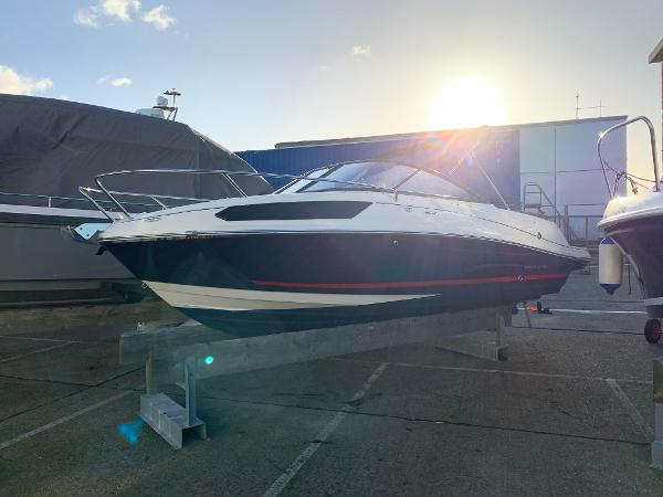 Bayliner VR5 Cuddy Bayliner VR5 Cuddy