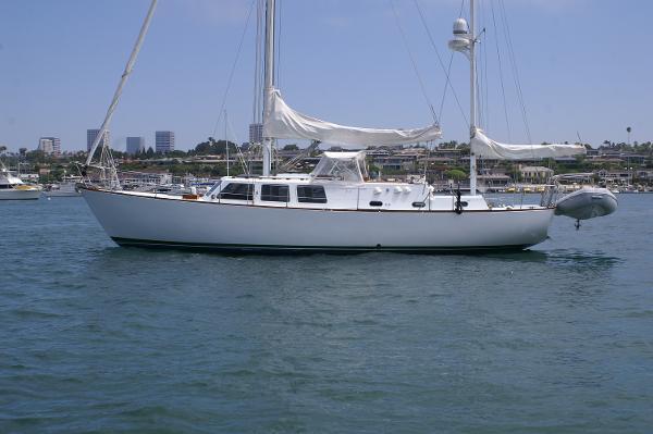 CAL 2-46 Boat