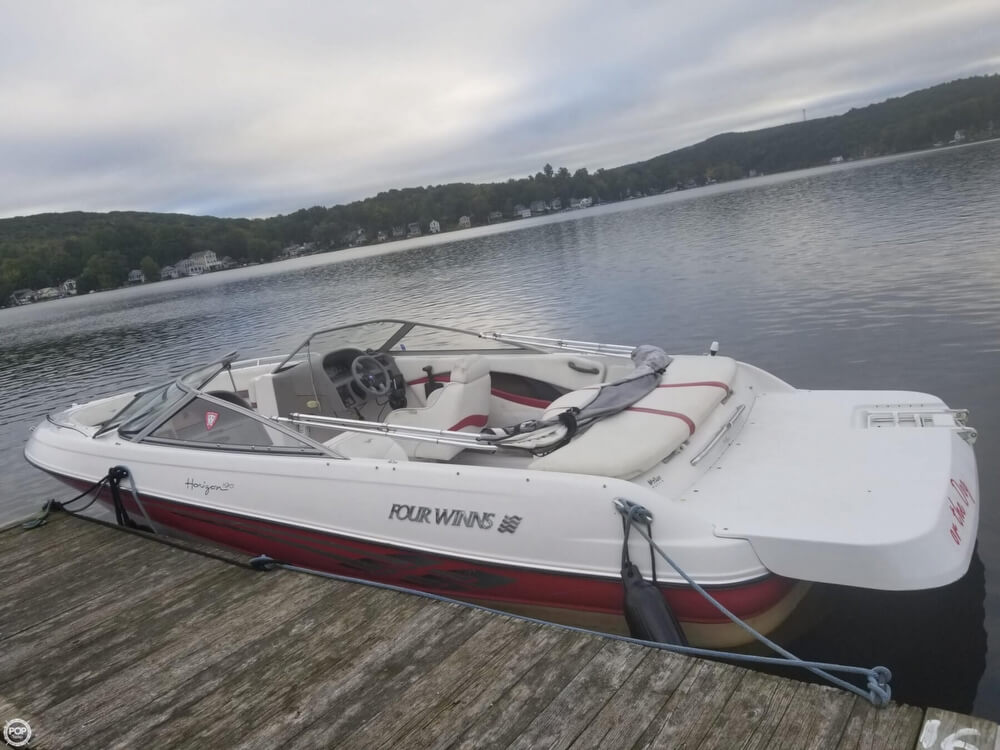 Four Winns 190 Horizon 2001 Four Winns 190 Horizon for sale in Simsbury, CT