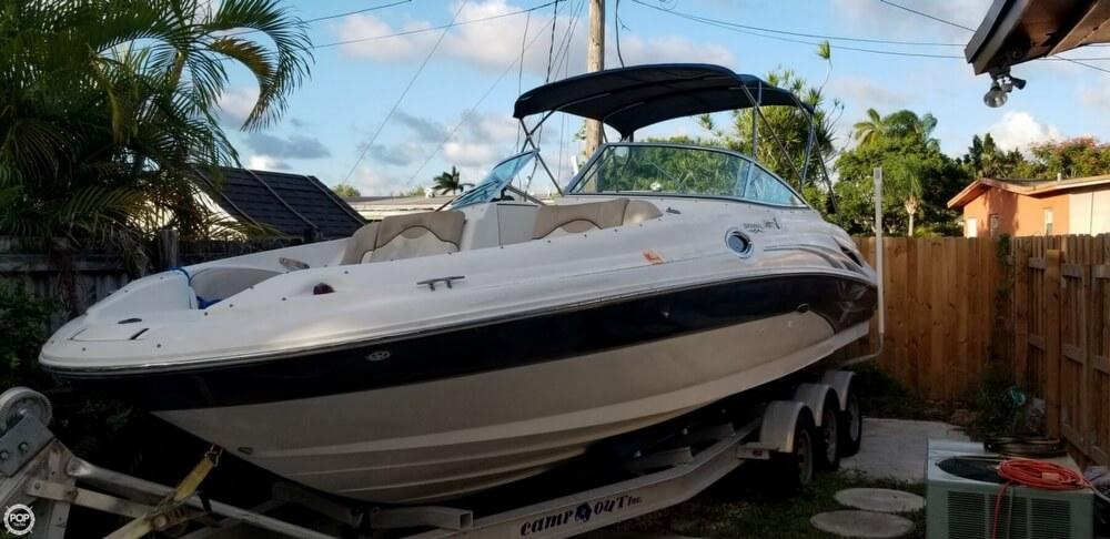 Sea Ray 270 Sundeck 2004 Sea Ray 270 Sun Deck for sale in Miami, FL