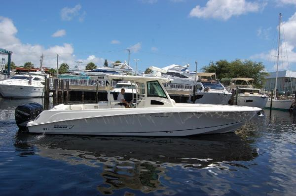 Boston Whaler 370 Outrage Starboard Profile