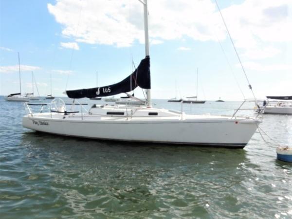 J Boats J/105 Profile 2