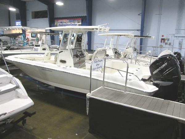 Boston Whaler 270 Dauntless