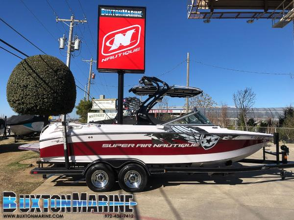 Correct Craft Super Air Nautique 220 220 Team Edition