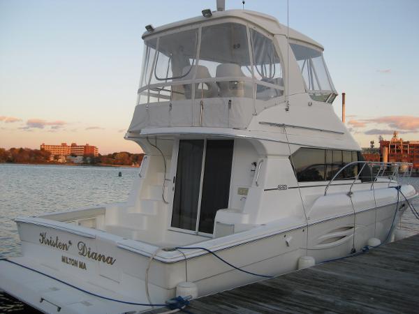Silverton 42 Convertible At Dock