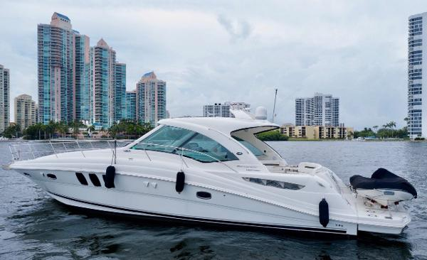 Sea Ray 48 Sundancer