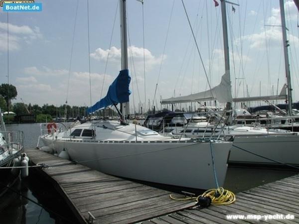 Custom Fast Yachts FAST 42 Fast42 msp269466 1