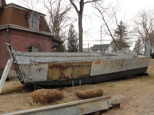 36' US Navy LCVP Fiberglass Landing Craft /Needs work