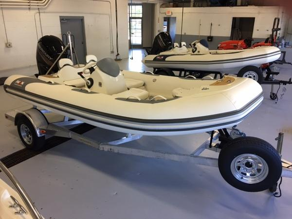 Avon Seasport 490 Deluxe NEO 90hp In Stock