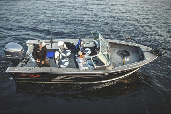 Alumacraft Trophy 205 Sport Manufacturer Provided Image