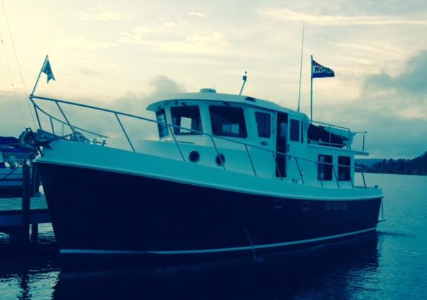 American Tug 41 Pilothouse Trawler 41' American Tug port forward profile