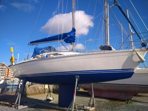 Jeanneau Sun Odyssey 30 Antifoul and polished for the March 2020 launch
