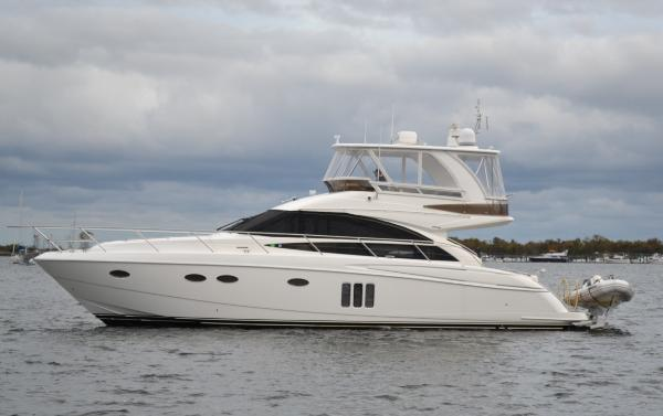 Princess 54 Flybridge Port Side