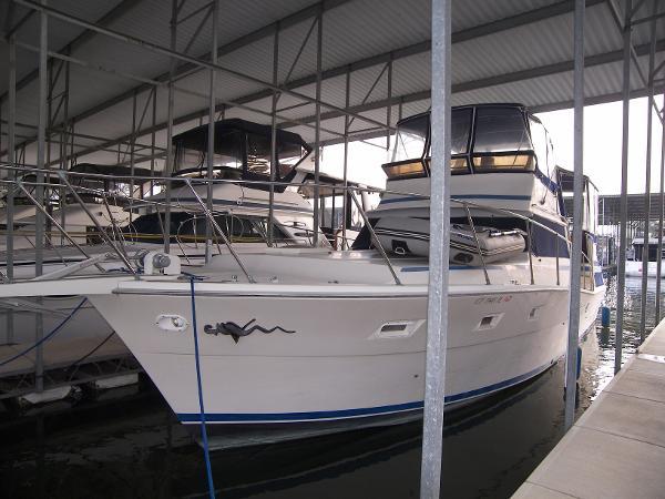 Viking Motor Yacht Main photo