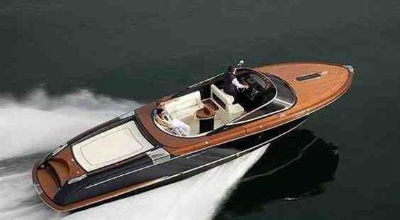 Riva Aquariva Super Sistership