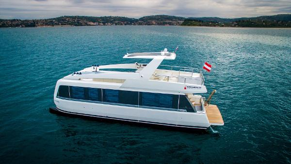 Overblue Yachts Overblue 44' Motor Yacht
