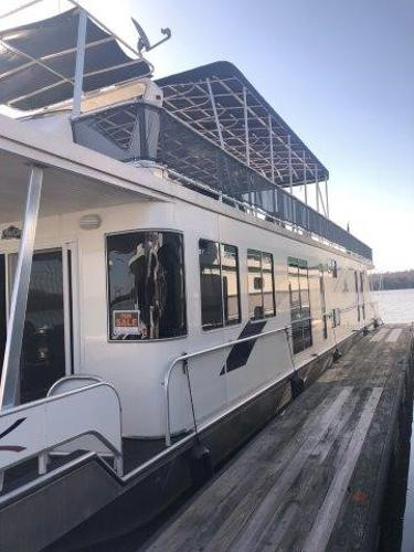 Funtime 16 x 74 Houseboat