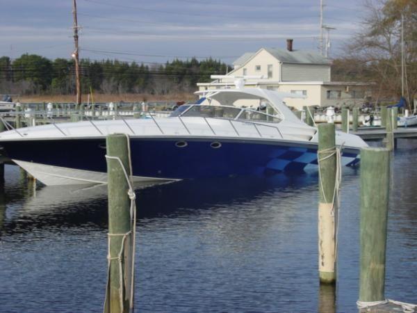 Fountain Cruiser 48 Express