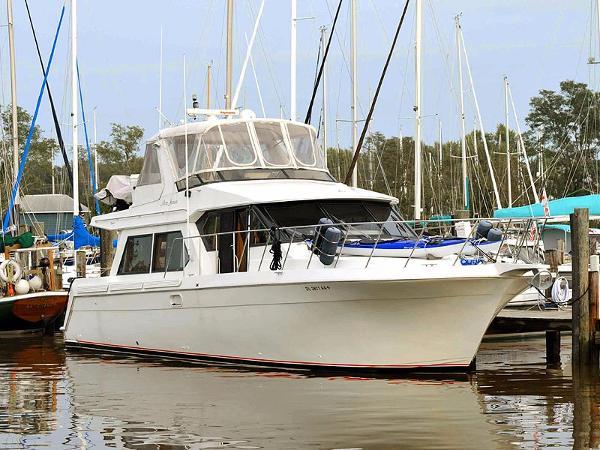 Navigator Classic 50 Navigator - Starboard Forward Profile