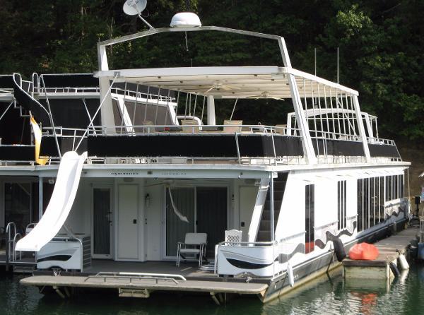 Fantasy Houseboat 19 x 100WB Houseboat