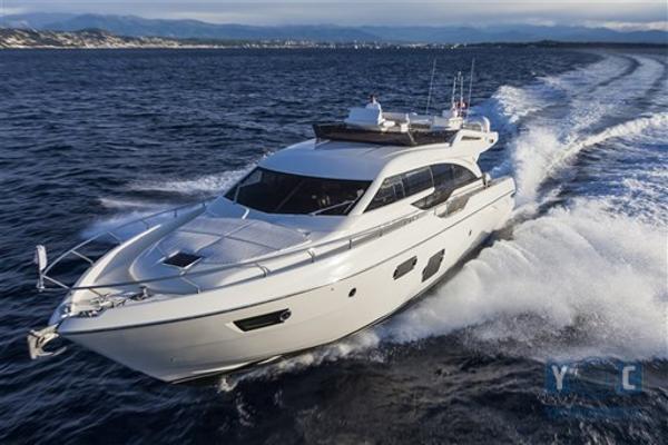 Ferretti Yachts 690 Ferretti 690 BC Marin 01
