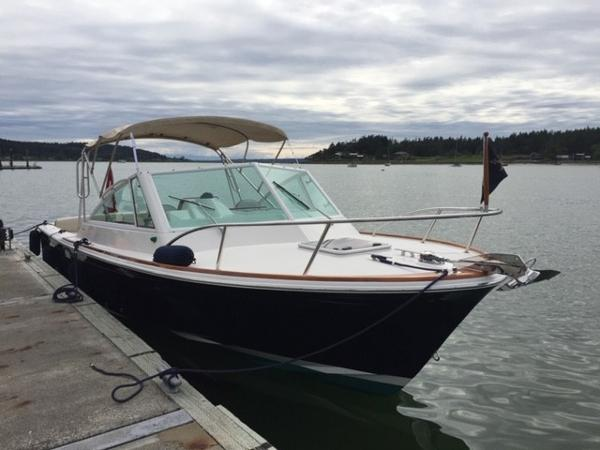 Hunt Yachts Harrier 25