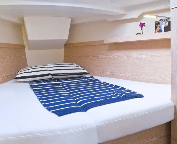 Hanse 345 Cabin