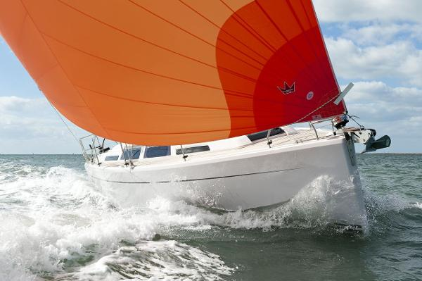 Hanse 345 Bow